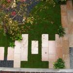 コの字の中の坪庭