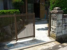 門扉とアプローチ
