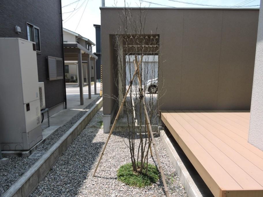庭ガーデン