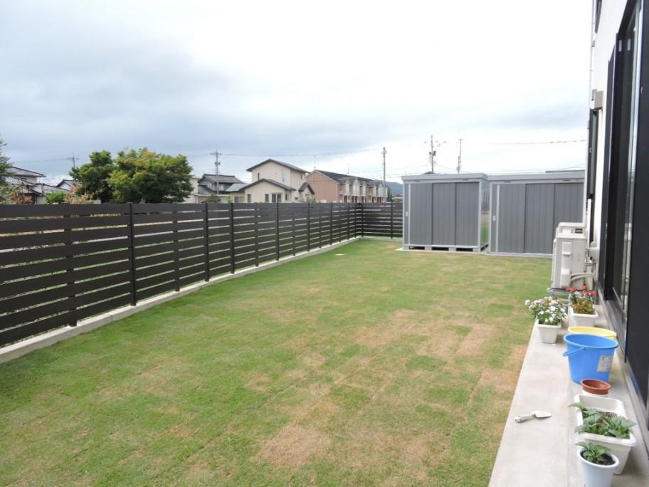 庭 ガーデン 芝 フェンス
