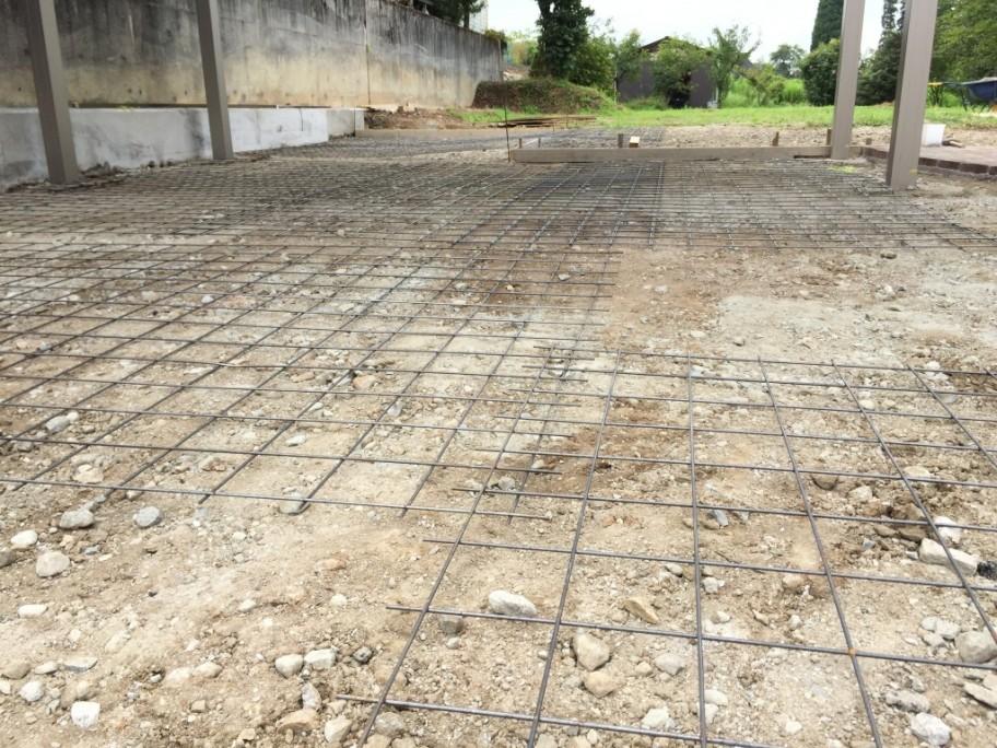 コンクリート下地作業